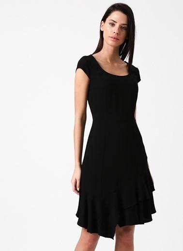 Random Kısa Kollu Volanlı Elbise Siyah